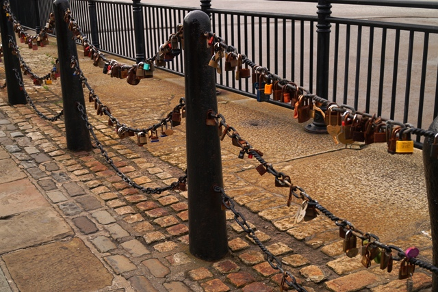 Chains of padlocks of love