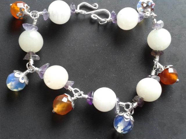 Jade Carnelian Quartz Amethyst Bracelet