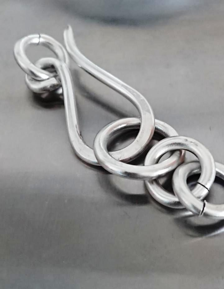 Largest Clasp made with aluminium wire