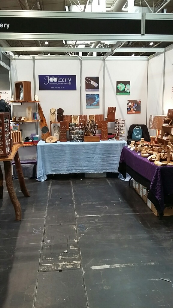 Makers Central Joolzery Keith Turnings Stand