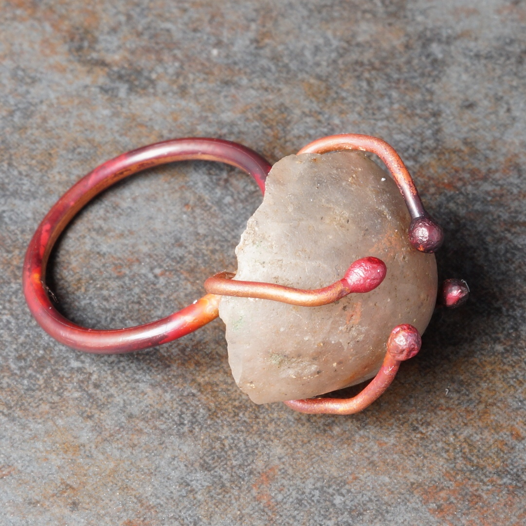 Copper ring with wire ball prong gemstone setting