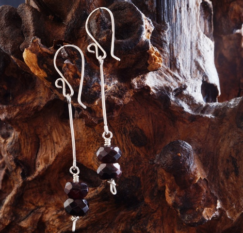 Joolzery Garnet Sterling Silver earrings