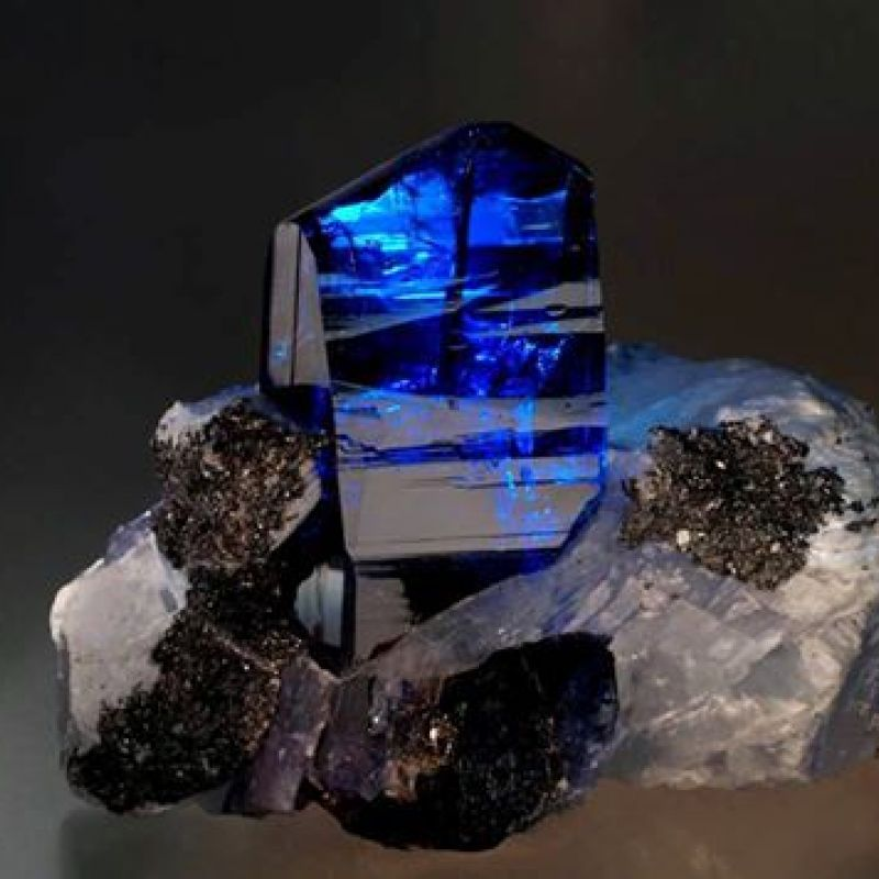 Name the Gemstone - Gemstone 32