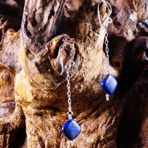 Chained Lapis Lazuli Earrings 01 Full View
