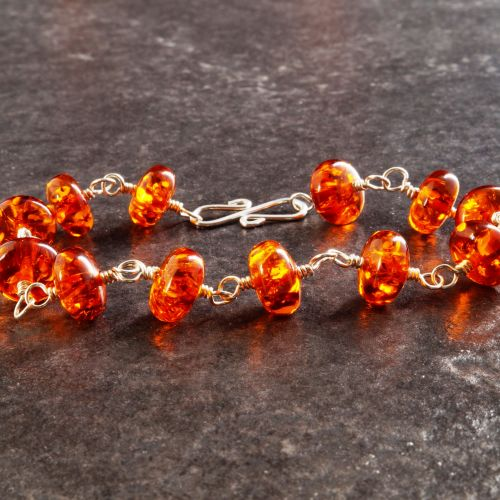 Red Amber Bracelet 03 Full View