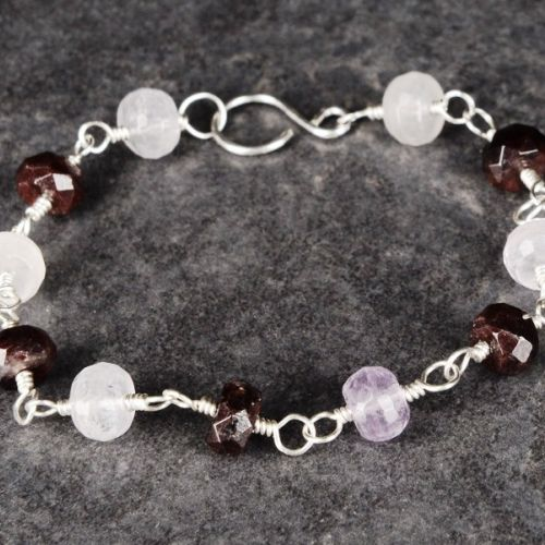 Faceted Amethyst and Garnet Bracelet 01 Full View
