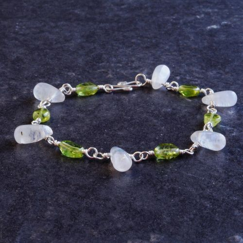 Peridot Rainbow Moonstone Bracelet 01 Full View