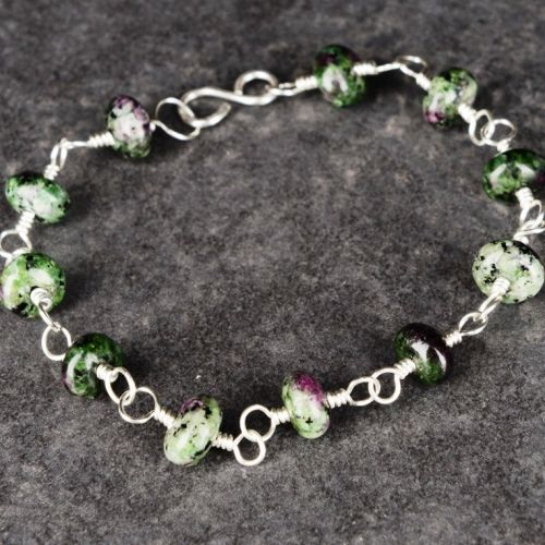 Ruby Zoisite Bracelet 01 Full View