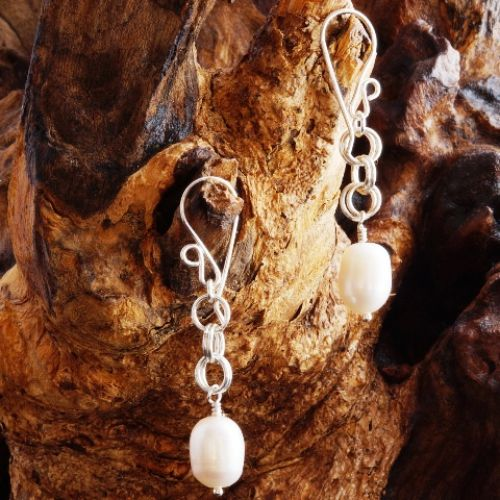 Chainmaille Freshwater Pearl Earrings 01