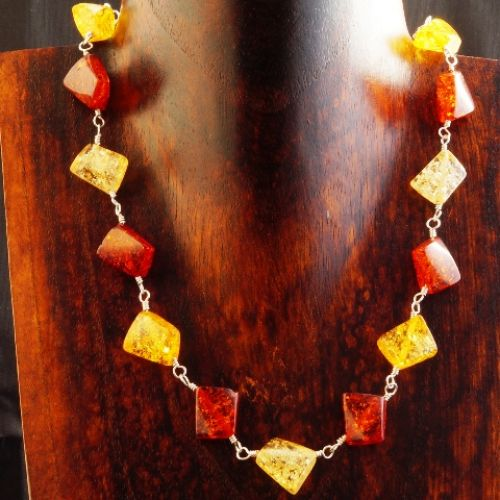 3 Tone Amber Necklace 01 Full View